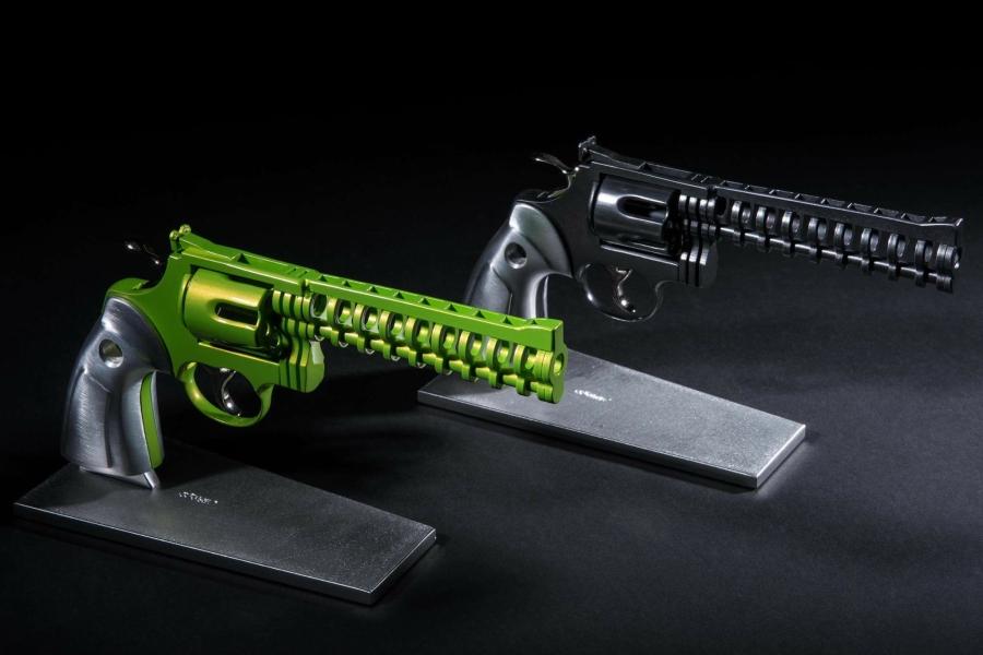 gun-sculpture-mathieu-chevalley-jean-octobon-mini-colt-357