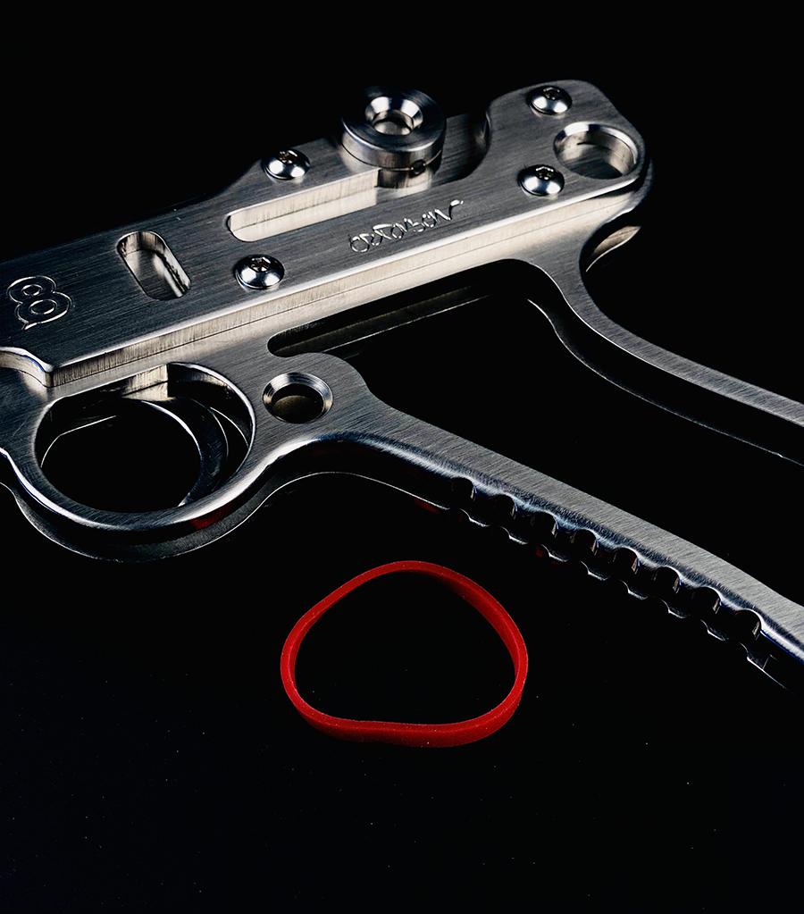 jean-octobon-elasto-flingue-rubber-gun-collection-luger
