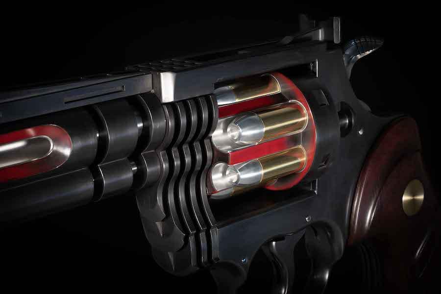 jean-octobon-sculpture-magnum-revolver-detail