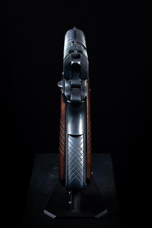jean-octobon-sculpture-colt-gun-pistolet-1